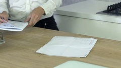 Opening instructions Stock Footage