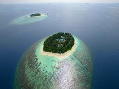 Aerial drone view of scenic tropical islands in the Maldives. Arkistovideo