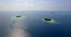 Aerial drone view of scenic tropical islands in the Maldives, time-lapse. Arkistovideo