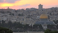 Time lapse of sunset over Dome of the Rock and old Jerusalem Stock Footage
