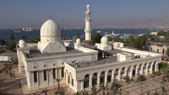 Overview of white Sharif Hussein Bin Ali mosque in Aqaba, Red Sea Jordan Stock Footage