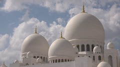 Cloud time lapse Sheikh Zayed Grand Mosque in Abu Dhabi, United Arab Emirates Stock Footage