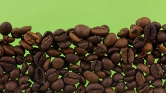 Coffee beans close the (to bury) green screen Stock Footage
