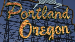 Iconic Portland, Oregon sign. Evening in Portland, OR. Stock Footage