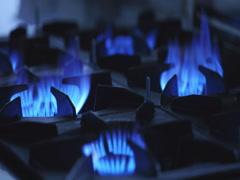 4k Gas-cooker fire on restaurant kitchen Stock Footage