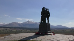 Spean Bridge commando memorial overlooking Ben Nevis and Aonach Mòr Stock Footage