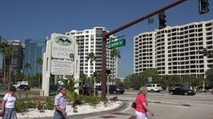 Tourists visit Sarasota Bayfront, Florida, USA Stock Footage