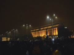 Anti-corruption protesters in front of the government building Stock Footage