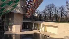 Tilt Up On Louis Vuitton Foundation structure Stock Footage