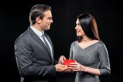 Couple holding toy heart Kuvituskuvat