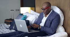 Online Shopping in the Hotel Room Arkistovideo