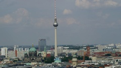 Panorama Berlin Mitte - Berliner Dom - Fernsehturm Stock Footage