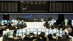 Frankfurt Stock Exchange - Frankfurt Börse - Brokers Stock Footage