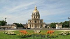 Chapel of Saint Louis des Invalides Stock Footage