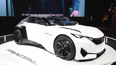Peugeot Fractal all-electric, compact 2+2 coupe concept car Stock Footage