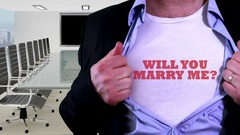 Will you marry me shirt Stock Footage