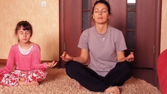 Sports family, yoga Stock Footage