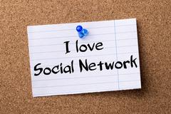 I love Social Network - teared note paper pinned on bulletin board Stock Photos