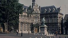 Utrecht 1977: boys playing tennis downtown Stock Footage