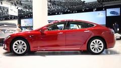 Tesla Model S 75D all electric, luxury, liftback car Stock Footage